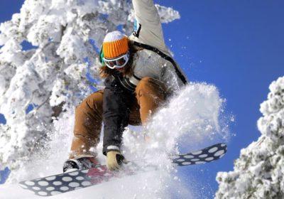 Як правильно вибрати сноуборд за зростом і вагою для початківців